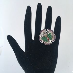 Unusual jade butterfly ring w/gemstones size 7